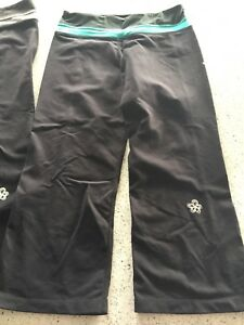 3 prs Yoga  pants - tufts - worn 1 or 2 times small and xs