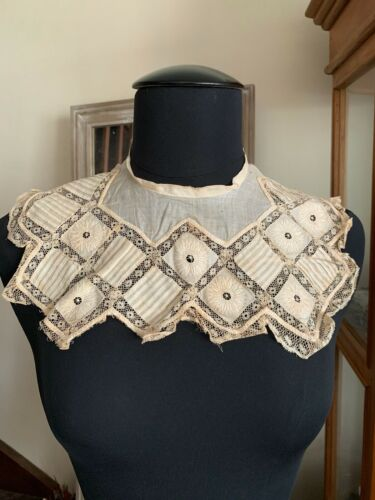 Antique Edwardian Child Collar. Fine Hand embroidery on linon with Valenciennes