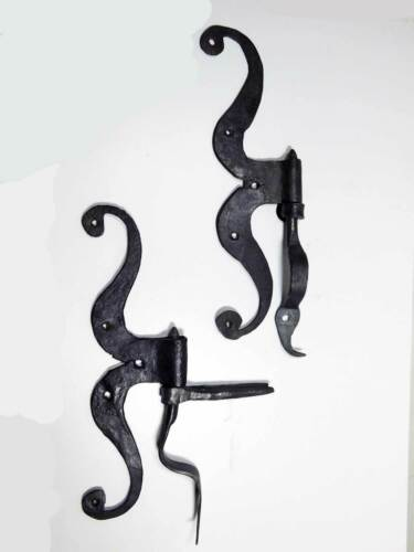 18th Century Side Mount Cupboard Hinges, Wrought Iron, Braced Printles