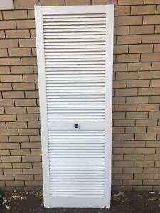 Sliding Slatted Door (no Runners Or Track)