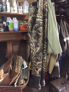 Chest waders size 10 brand new