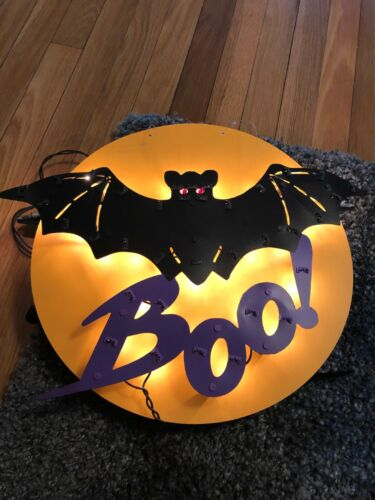 15 Round Bat the BOO Halloween Light Decoration Electric