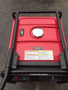 Honda generator like new with receipt! EG6500CL