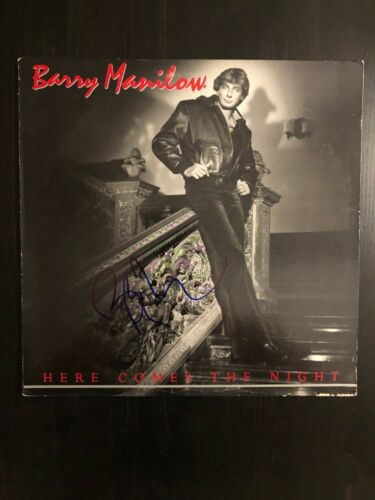 BARRY MANILOW SIGNED AUTOGRAPH - VINYL ALBUM RECORD LP - HERE COMES THE NIGHT