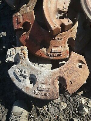 International Harvester Tractor Rear Split Wheel Weights 365321r2