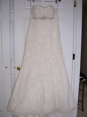Wedding Dress: Private Label By G: Size 14- Ivory/Ivory Lace/Silver Beading
