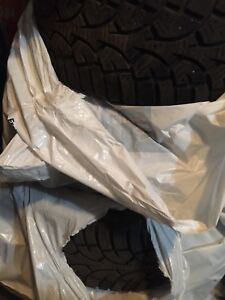Sunny 4 winter tire 205/55/16 5x120