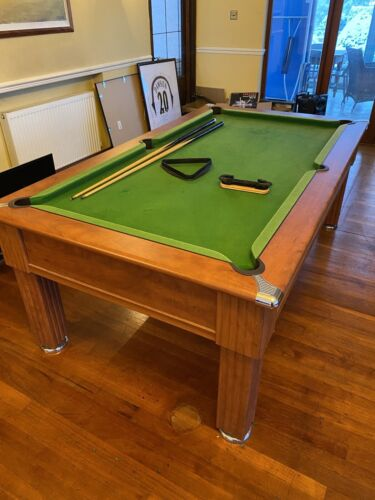7 x 4 Pool Table With Cues, Brush And Triangle (Slightly Damaged Surface)