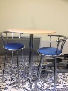 Bar table with 2 swivel chairs