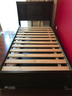 King single bed with trundle