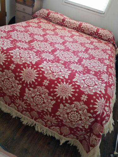 VTG* Bates* 60s/70s*Early American style* bedspread* twin* eagles* red & cream*