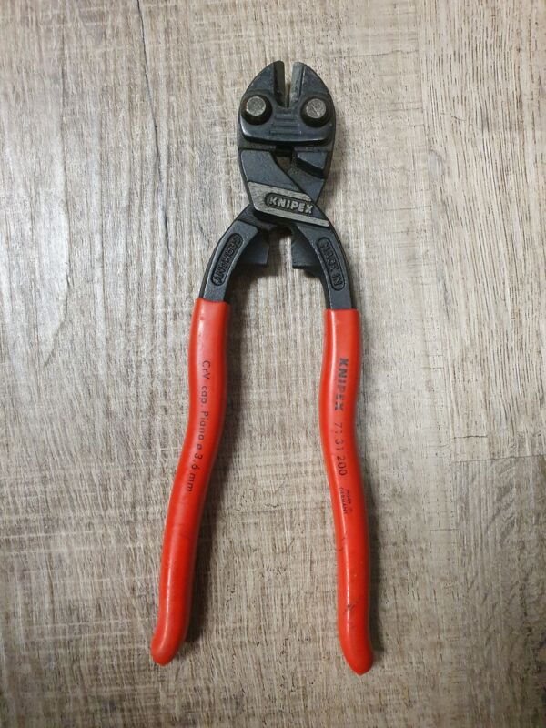 KNIPEX 71 31 200 SBA High Leverage Action Mini Bolt Cutters