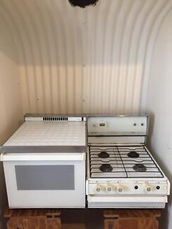 Chef Elevated gas cooker/ stove