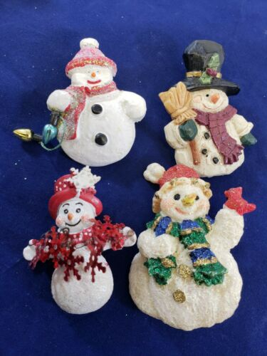 Christmas  Brooch Button Pin Lot Ceramic Snowman Cardinal Glitter ADORABLE