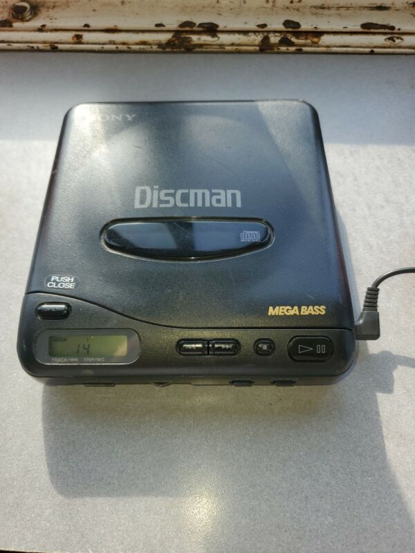 Vintage Sony D-11 Discman Mega Bass Compact Disc Player tested and works.