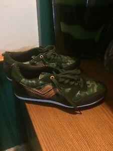 Joe fresh running shoes men's size 9