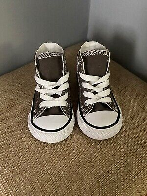 Baby Converse ~size 4~ Unisex