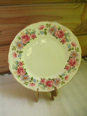 Queen Anne Bone China (England Service Queen Anne Serenade Bone China  Kuchenteller)