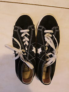 Men's Converse Sneakers Size 5 Macquarie Fields Campbelltown Area Preview