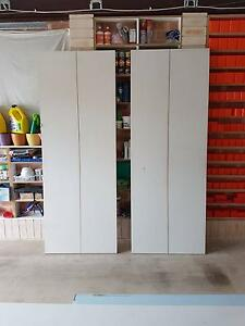 doors bi fold x 2 sets Kellyville Ridge Blacktown Area Preview