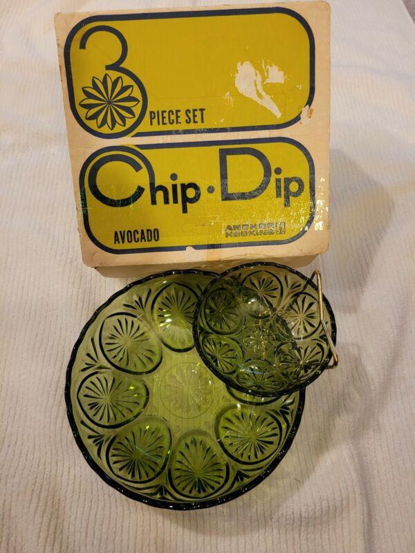 Vintage Mid-Century Mod Anchor Hocking Soreno Avocado Green Glass Chip & Dip Set