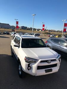 Gorgeous 2015 Toyota 4Runner SR5 !Low Km!