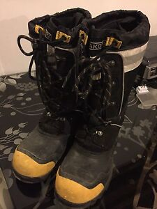 Mens steel toe winter boots
