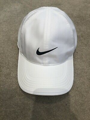 Nike Mens Dri Fit Featherlight Hat