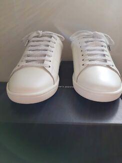 Saint Laurent classic court sl/01 lips sneakers size 38