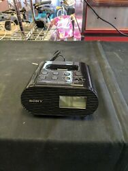 SONY ICF-CO5iP FM ALARM CLOCK RADIO With iPOD and iPHONE Dock, Battery Backup