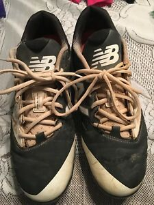 New Balance 4040 Metal Baseball Cleats. Size 11.5
