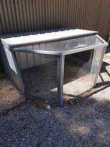 Half Hex Chook Pen price Slash Wattle Grove Kalamunda Area Preview