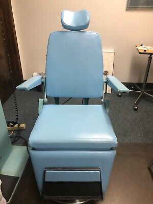 Reliance 880 H Examination Chair - Reclines Swivels Raises And Lowers Blue