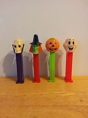 Good Halloween Characters (Halloween Character Pez ***  Set of 4  ***  Very Good)