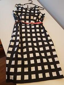 Jacqui.e Size 10 Black & White Dress with Pink Belt Wollongong Wollongong Area Preview