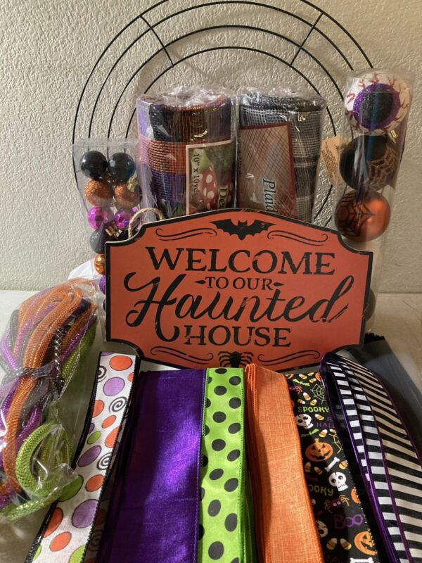 """Halloween DIY wreath kit 10"""" Deco Mesh Ornaments Mdf Sign Spiders Chenille NEW"""