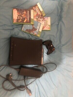 Microsoft Xbox 360 Elite Console 120GB - Black With 4 Games And Controller