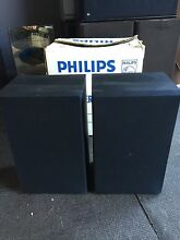 Phillips stereo bookshelf speakers