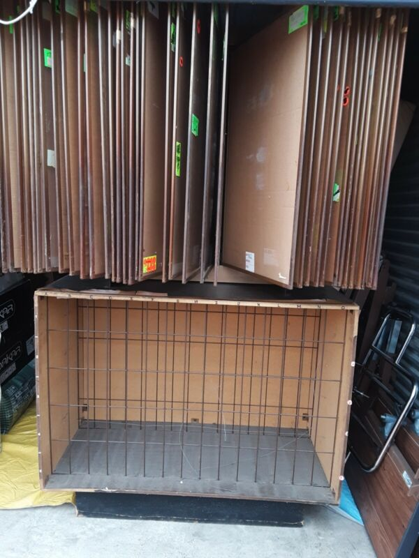 Used Poster bin/display with 34 wings to display up to 68 posters with storage