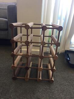 Wooden wine rack - holds 15 bottles