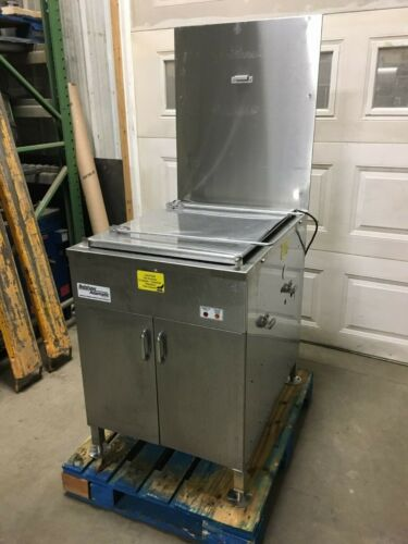 "Belshaw Donut Fryer - 18"" x 26"" - Nat. Gas"