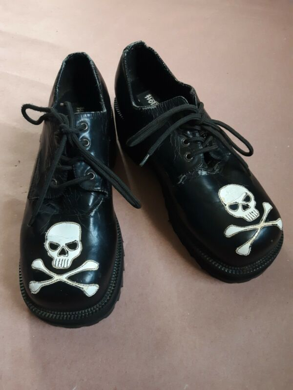 Vintage 90s Hot Topic Black Platform Shoes White Skull and Crossbones Size 10