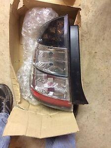 2006 Toyota Prius tail light