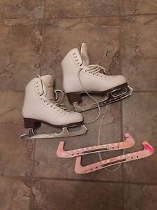 Girls Competitive Figure Skates Size 4.5