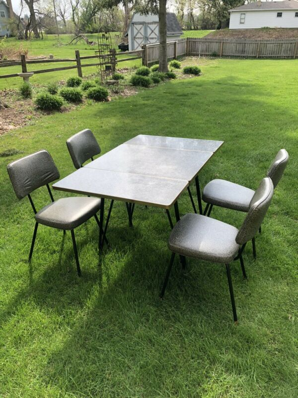Vintage Antique Chromcraft 5 pc Black/White Dinette Kitchen Table & 4 Chairs