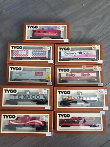 HO scale trains NOS and engines.
