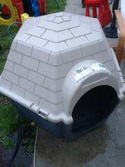 Hexagonal Plastic Dog Kennel Beckenham Gosnells Area Preview