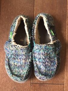 Toddler Sanuk shoes size 11