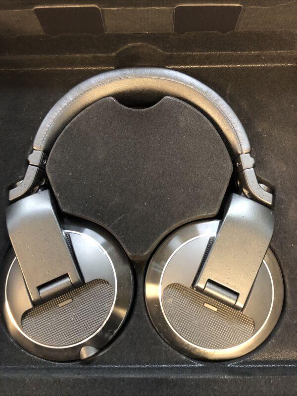 Pioneer HDJ-X7 Share Professional over-ear DJ headphones (black) Free Ship