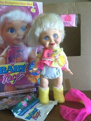 Vtg Galoob SO  DELIGHTFUL  DEE DEE  box has wear  BABY FACE DOLL nice rare  for sale  Shipping to Canada